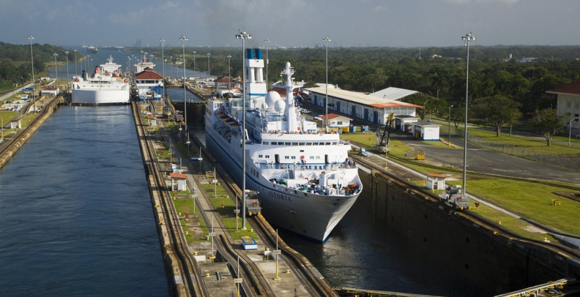 The Panama Canal: 100 years of history