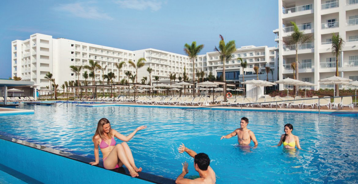 All inclusive Panama: RIU Playa Blanca