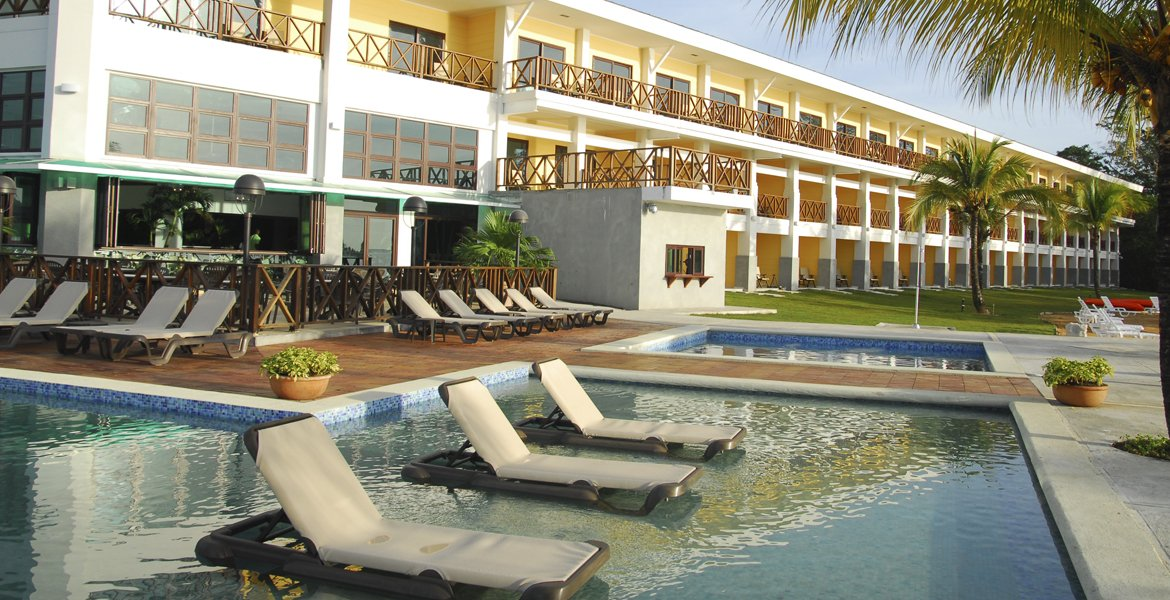Hotel Playa Tortuga Beach Resort