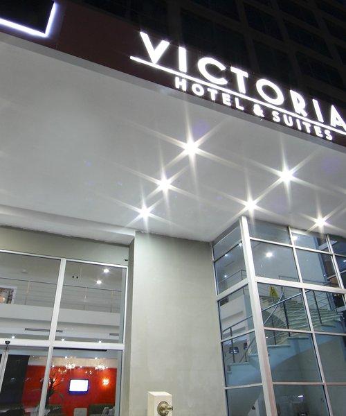 Clarion Victoria Hotel and Suites
