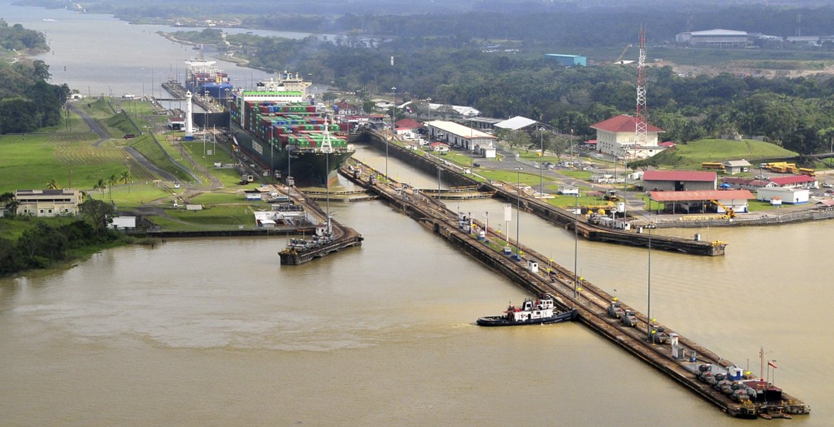 Half Day tour: Panama Canal - Miraflores Locks
